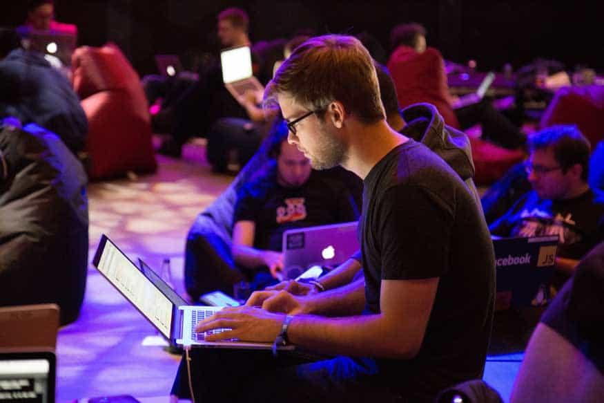 Invata Engleza online prin jocuri video si intruniri sociale ale pasionatilor de gaming